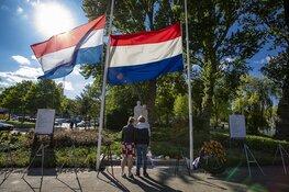 Bijzondere kransleggingen bij monument Jan Gijzenbrug Haarlem