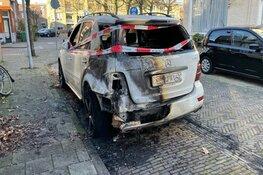 Autobrand in Colensostraat in Haarlem