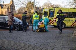 Meisje gewond na aanrijding door auto in Haarlem